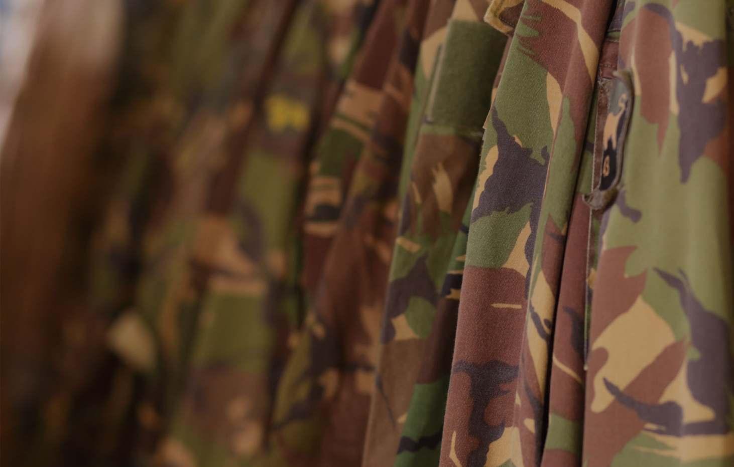 koekman militaire uniformen